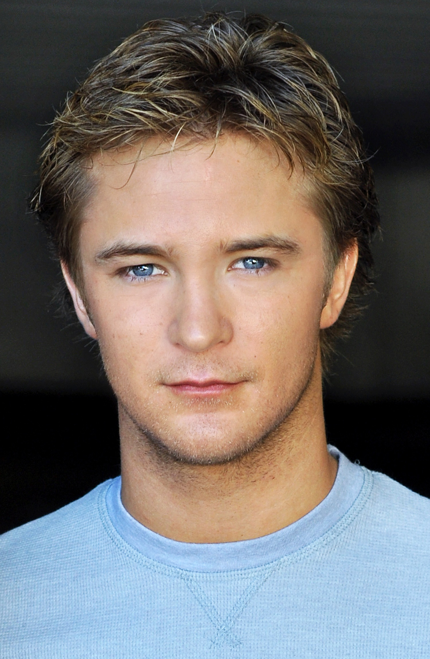 2004 - Michael Welch