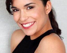 Alicia Sixtos w smile