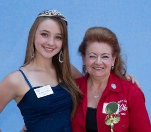 Classiest - Janice Eldridge (with Strawberry Festival Royalty)