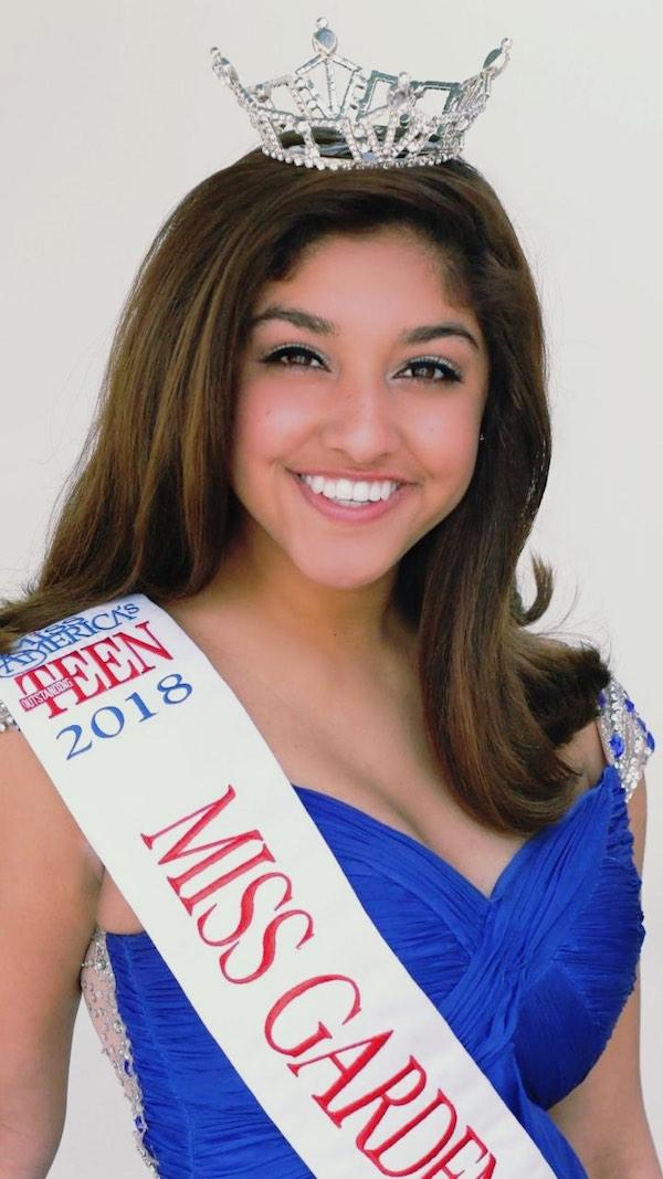 Garden Grove Miss Outstanding Teen Sophie Nessary